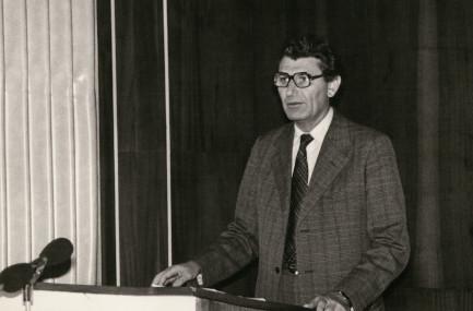 Oskár Elschek